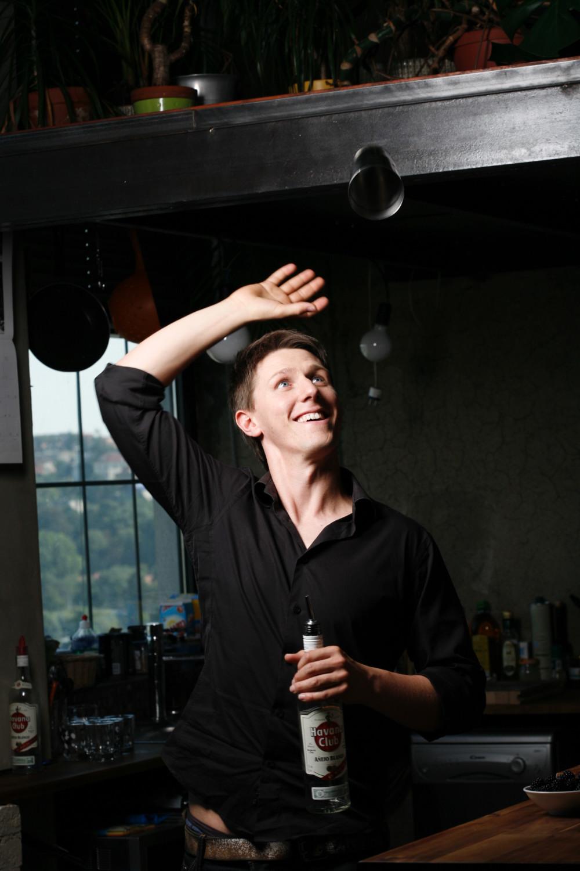 Profesionální barman
